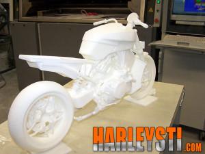 Voci sulla riapertura del progetto Overlord basato sul motore V4 Harley Davidson