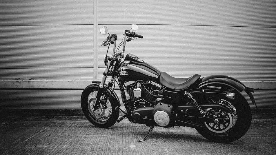 Anteprima tra i modelli Harley 2016, la Street Bob Limited e i motori 1800