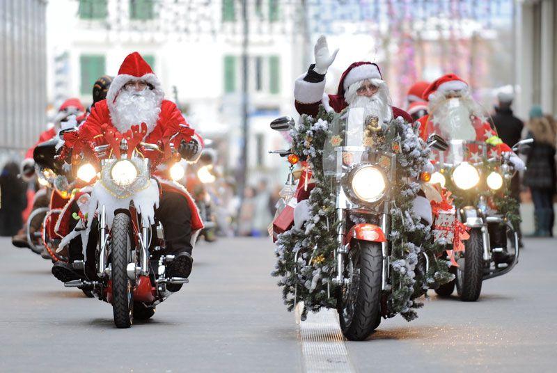 Misano, Babbo Natale arriva in Harley Davidson