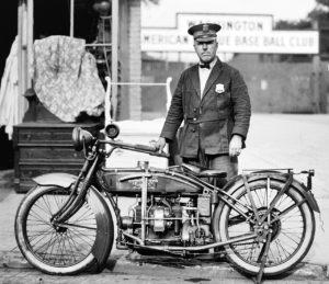 La casa Excelsior-Henderson, storico marchio rivale di Harley Davidson è in vendita all'asta